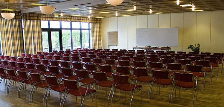 Multifunctional conference rooms